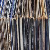 Stack of vinyl records in envelopes — Stock Photo