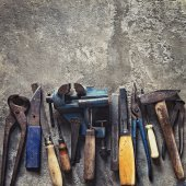 Set of old dirty tools in vintage style — Stock Photo
