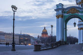 Russia. St. Petersburg. View of Palace Square, the building of the Hermitage of St. Isaac's Cathedral — Stock Photo