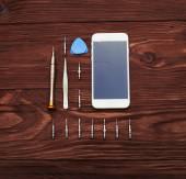 Smartphone med trasig skärm — Stockfoto