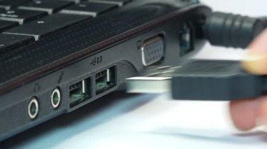 Laptop USB Cabel — Stock Video