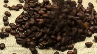 Falling Roasted Coffee Beans — Stock Video
