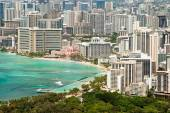 Aerial view of Honolulu and Waikiki beach from Diamond Head — Stok fotoğraf