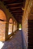Plaosnik church tunnel — Stock Photo