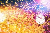 Праздничная фон с естественным Боке и яркий золотистый свет. Старинные магические фон цветом — Стоковое фото