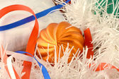 Christmas gift with orange balls, xmas invitation card — Foto Stock