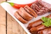 Salami y pimientos rojos — Foto de Stock