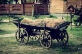 Starożytne pojazdu na farmie — Zdjęcie stockowe