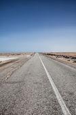 Extreme desert road — Stockfoto