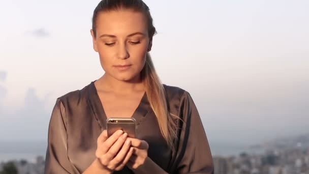 красивая видео женщина
