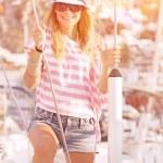 Luxury photoshoot on sailboat — Stockfoto