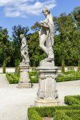 Garden Sculptures in the Wilanow park, Warsaw — Stock Photo