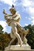 巴洛克风格的雕塑,瓦津基华沙 — 图库照片