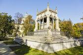 Potocki mausoleum in Warsaw s Wilanow — Stock Photo