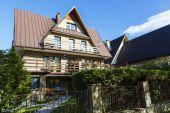 Contemporary villa in Zakopane — Stock Photo