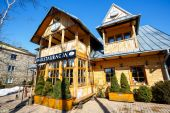 Restaurant, formerly villa Anielowka — Stock Photo