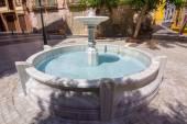 Kleine fontein in een park — Stockfoto