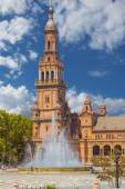 Bell Tower in the famous Plaza of Spain in Seville, Spain — Stock fotografie