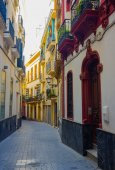 Beautiful streets full of typical color of the Andalusian city o — Stock Photo