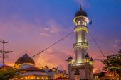 Kapitan Keling Mosque after sunset — Stock Photo