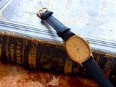 MILUS wristwatch. — Photo