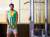 Triceps pressdown high pulley workout man — Stockfoto