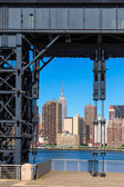 Manhattan New York skyline sunny from East — Stock Photo
