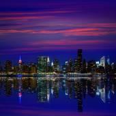 Manhattan New York sunset skyline from East — Stock Photo
