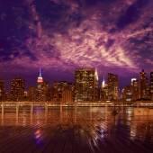 Manhattan New York sunset skyline from East — Fotografia Stock