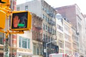 Soho stop peaton redlight in Manhattan New York — Stockfoto