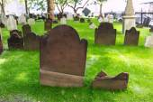 Trinity church old cemetery New York Manhattan — Stock Photo