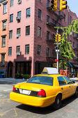 New York West Village in Manhattan yellow cab — Stock Photo