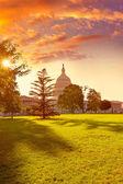 Capitol building Washington DC sunset garden US — Stock Photo