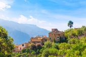 Fornalutx dorp in Mallorca Balearen — Stockfoto