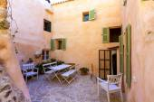 Majorca Balearic house patio in Balearic islands — Fotografia Stock