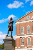 Boston Samuel Adams monument Faneuil Hall — Stock Photo