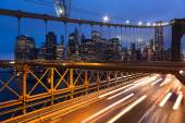 Car traffic on Brooklyn Bridge in New York - USA — Stock Photo