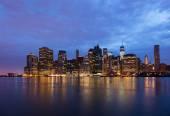 New York - Panoramic view  of Manhattan Skyline by night — Stock Photo