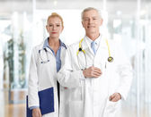 Female doctor and male professor — Foto de Stock