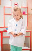 Child's doctor — Stock Photo