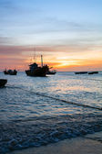 Fishing boat, sea, sunset — Stock Photo