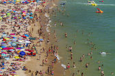 Crowded beach — Stock Photo