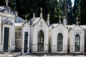 Section from the famous portuguese cemetery Prazeres — Stockfoto