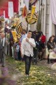 Processione religiosa tradizionale delle torce fiore — Foto Stock