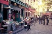 Paris montmartre street scene — Stock Photo