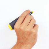 Hand holding a marker on white background — Stock Photo