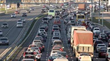 Autobahn verkehr — Stockvideo