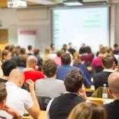 Workshop på universitetets Aula. — Stockfoto