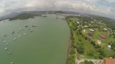 Aerial view of Bridge of the Americas across The Panama Canal — Stock Video