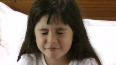 Sad little girl — Stock Video